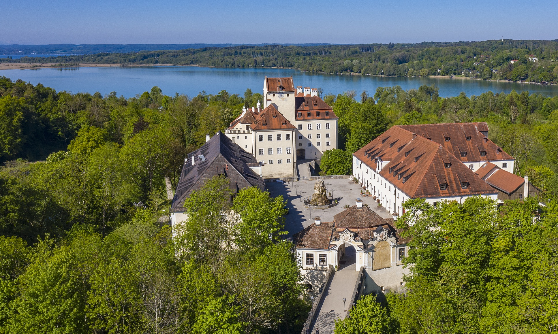 EOMAP Headquaters Castle Seefeld